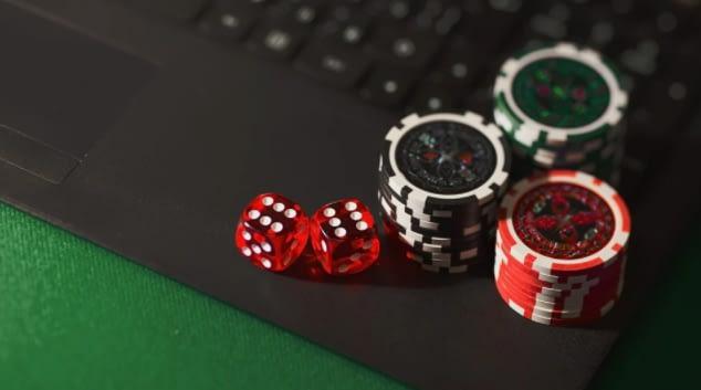 Dice Chips Online Gambling